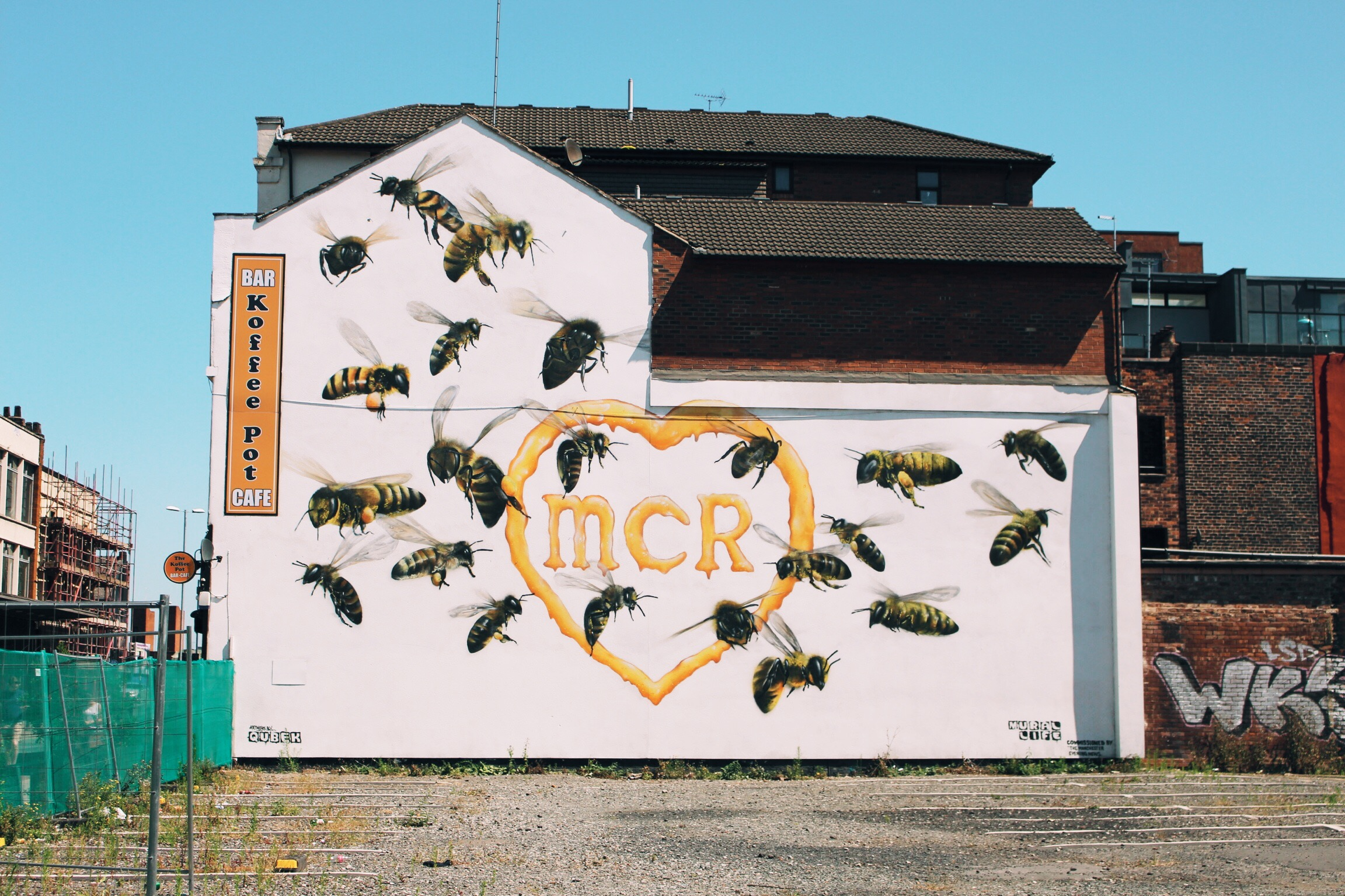 KOFFEE POT BEE MURAL