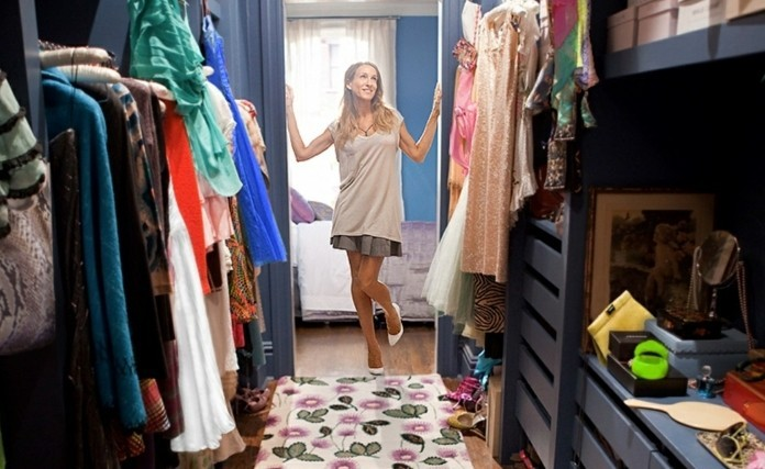 Carrie Bradshaw walk in Wardrobe